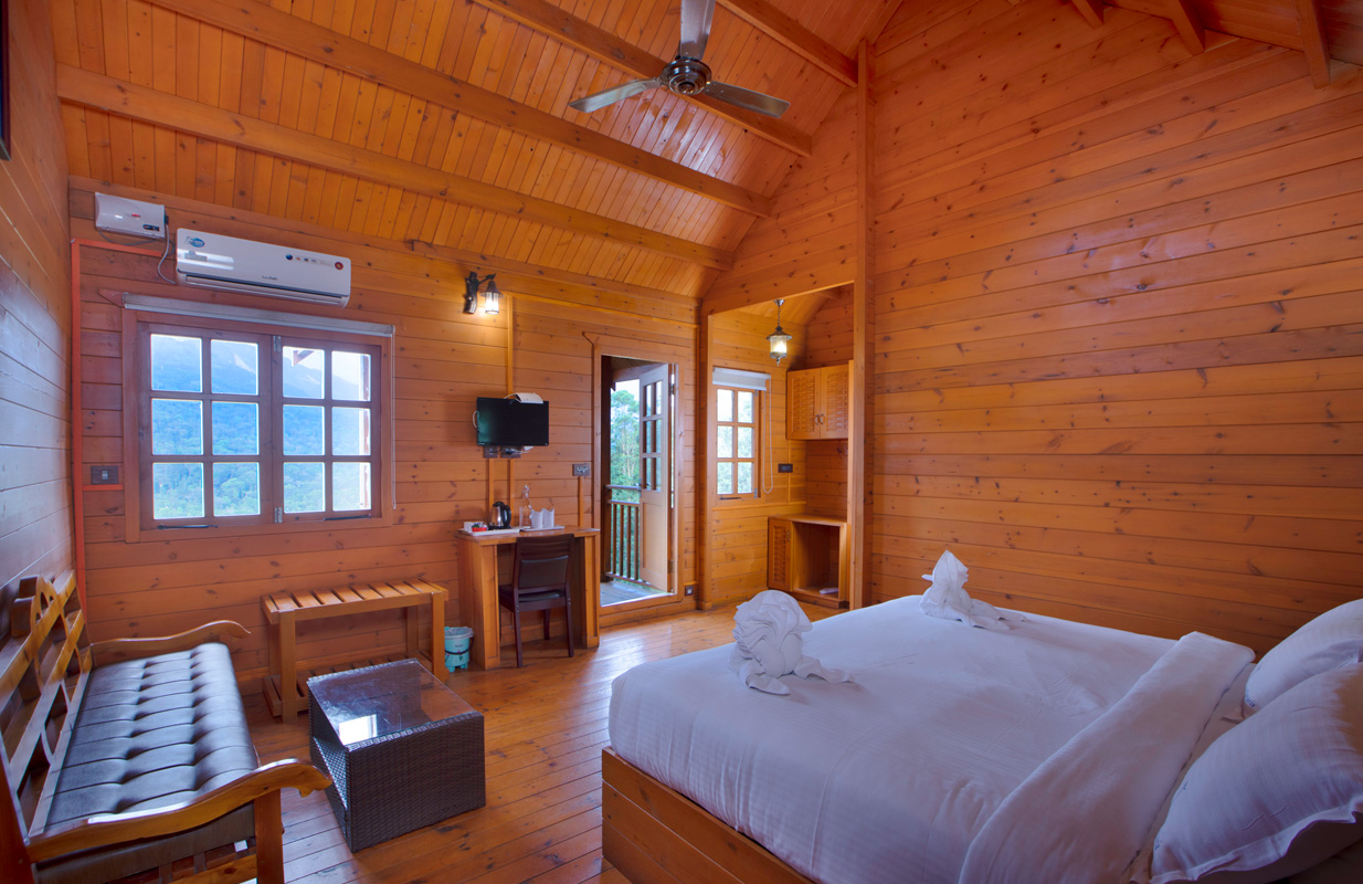 Wooden House A/C